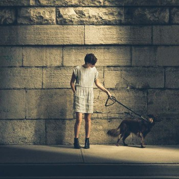 woman_with_dog